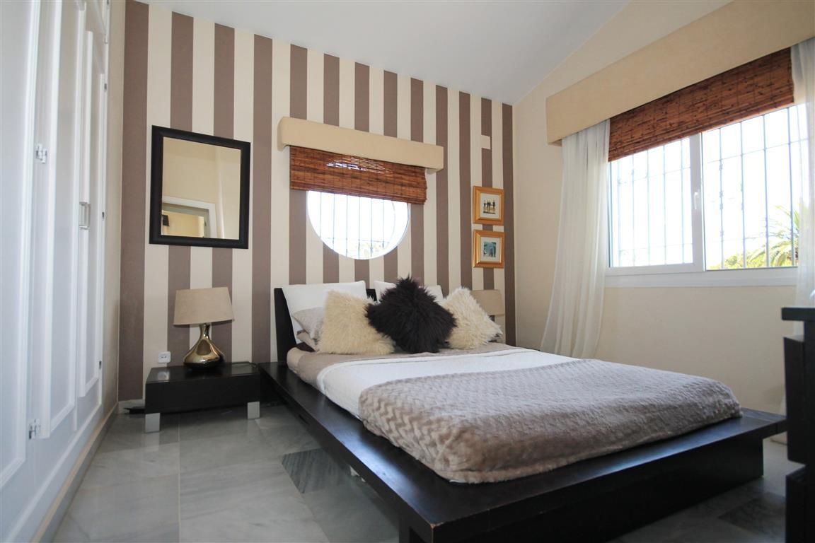 Pour vendre Golf et vue sur la mer villa à Marbella East.Price ...