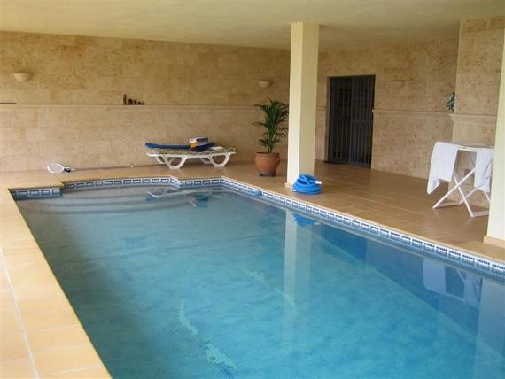 mijas costa villa mit panoramablick aufs meer und die berge zu verkaufen 38000m2 grundst ck von. Black Bedroom Furniture Sets. Home Design Ideas