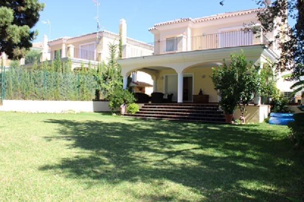 M s nuevo 6 casa en venta en elviria cerca de for Casa jardin wellness center