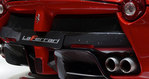 LaFerrari-Carbon-Back-Middle-Spoiler