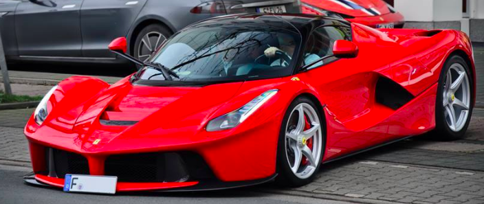 LaFerrari in the street, registered with German Plates